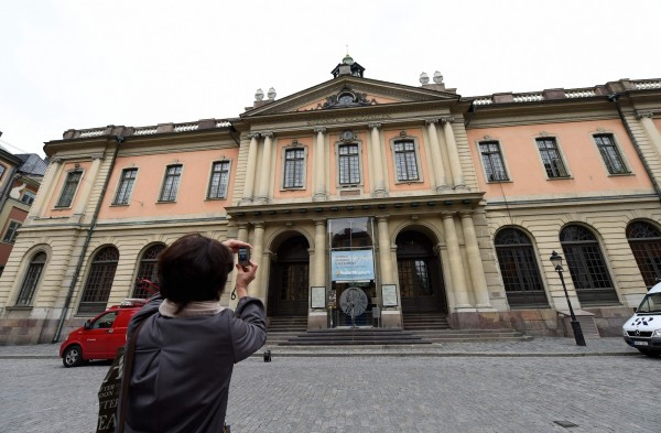 瑞典學會月初決議今年停頒2018年諾貝爾文學獎,將該獎延後至2019年與當年文學獎一起頒發。(法新社)