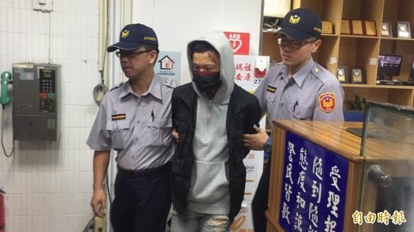 昨天傍晚21歲男子謝亞軒與友人在台北市街頭無照駕駛狂飆,結果失控撞死路邊3人。(資料照)