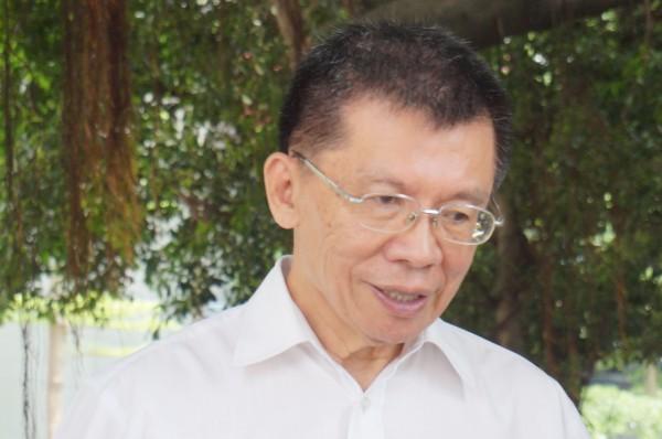 台北市長參選人沈富雄今天發表退選聲明。(資料照,記者涂鉅旻攝)
