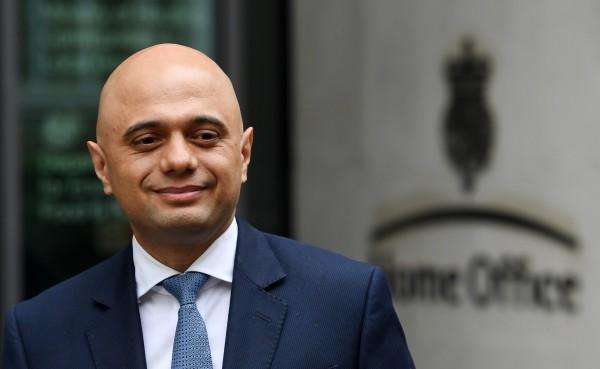 英國首相梅伊宣布,內政大臣之職,將由巴基斯坦裔的下議院議員賈偉德接任。(歐新社)
