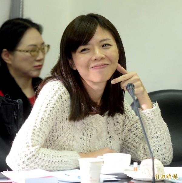 時代力量立委洪慈庸獲選為「10大人氣新科立委」第3名。(記者林正堃攝)