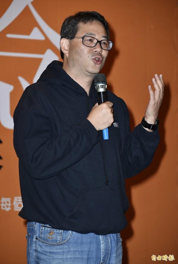 紀錄片導演齊柏林,因拍攝「看見台灣」被捧為環保鬥士,想不到傳出遭民眾檢舉違法飼養保育類動物。(資料照,記者陳奕全攝)