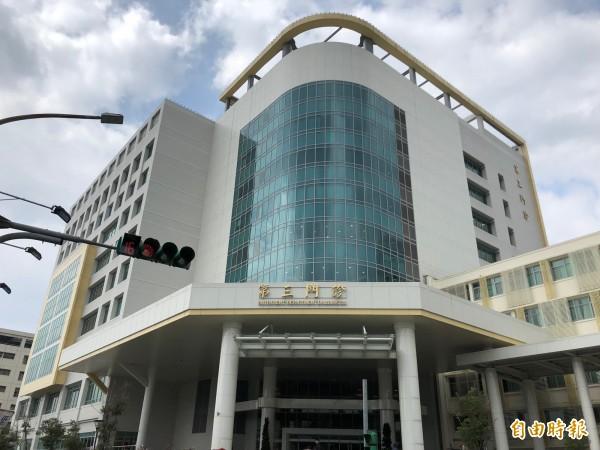 台北榮總位於台北市北投區的石牌,第三門診大樓於今年啟用。(即時新聞組攝)