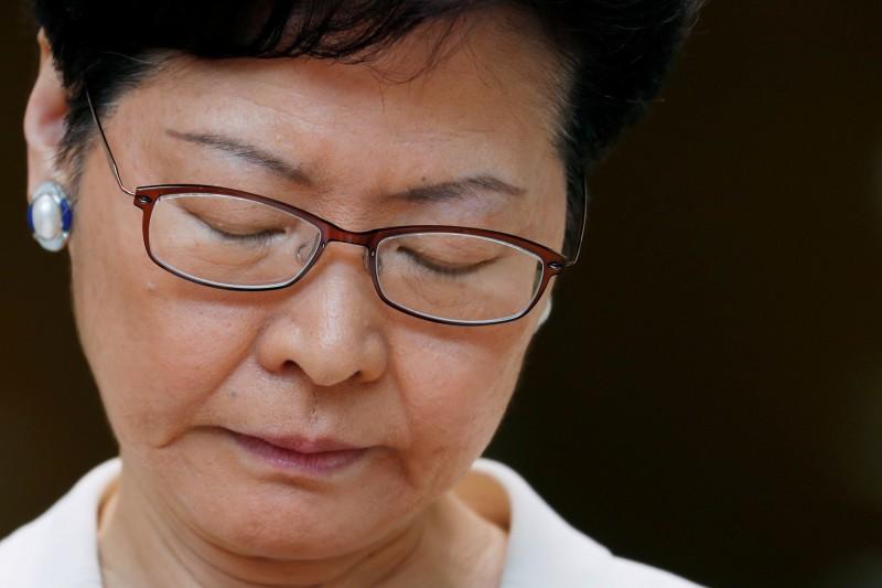 國際信評公司穆迪日前調降香港評級展望,對此特首林鄭月娥今坦言「失望」,不認同穆迪看法。(路透)