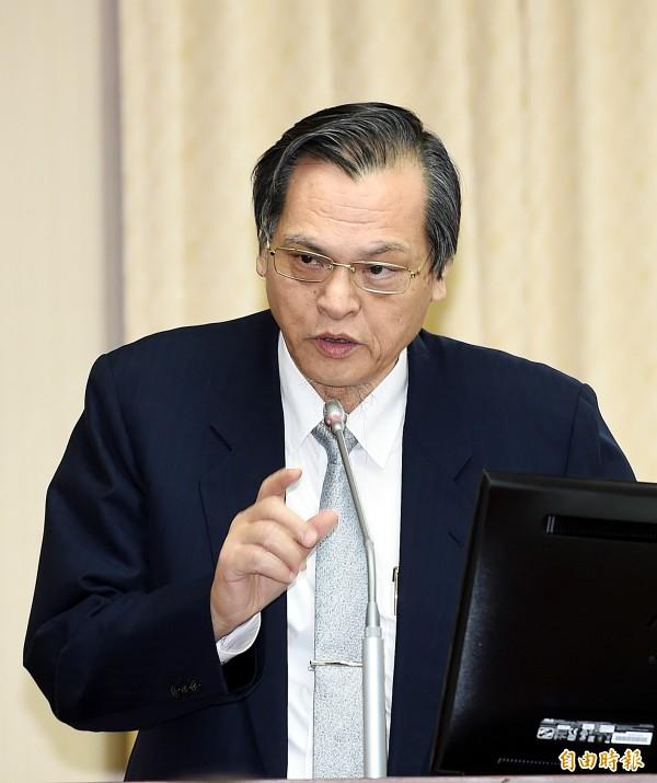 陸委會主委陳明通表示,自我限縮是對民主價值的傷害,最後更會斷送民主。(資料照)