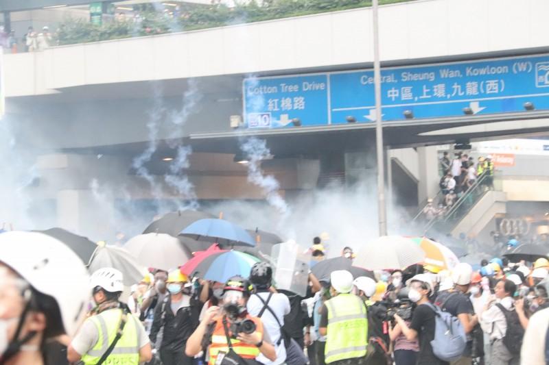 香港警民衝突情勢升高。香港立法會已宣布,立法會今日不會召開會議。(中央社)