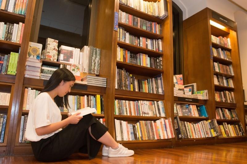 全球首間24小時營業的書店「誠品敦南店」今(14)日宣布,將於明年5月31日熄燈結束營業。(誠品/提供)