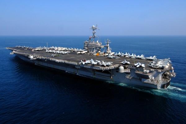 美國「史坦尼斯號」(USS John C. Stennis)航空母艦戰鬥群。(資料照,法新社)