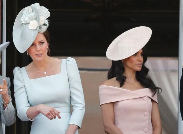 凱特王妃和梅根今年6月在皇家閱兵儀式上同台,知情人士透露兩人私下因個性差異而處不來。(美聯社)
