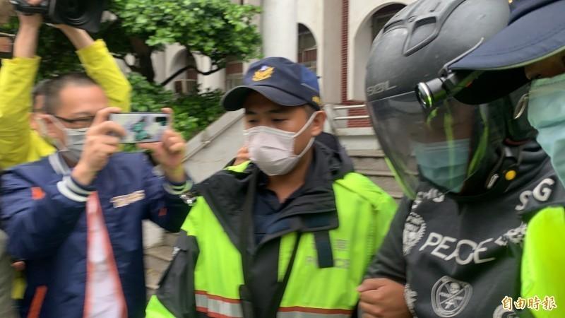 桃園市35歲男子蘇偉智,今天凌晨涉嫌持刀活活刺死19歲劉姓男子。(記者許倬勛攝)