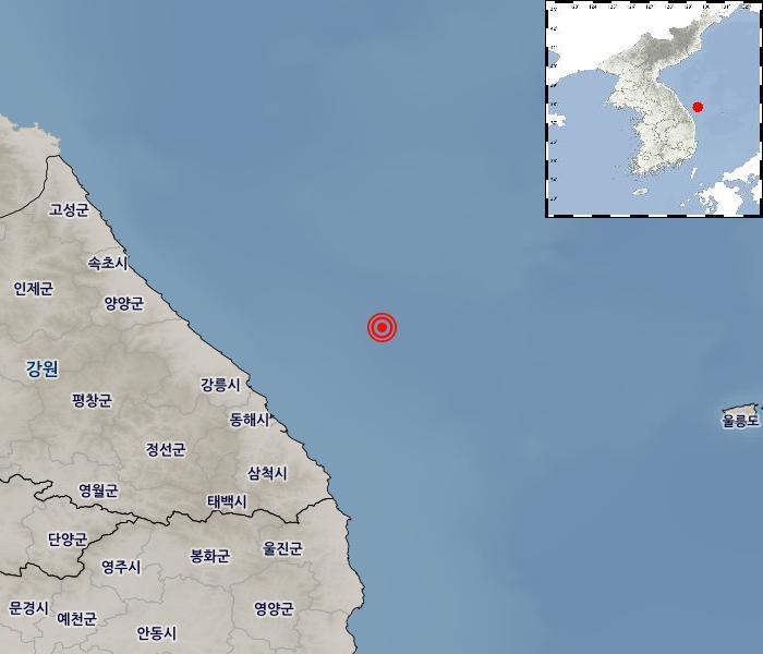 這起規模4.3地震震央在朝鮮半島東部近海,震央深度32公里。(南韓氣象廳)