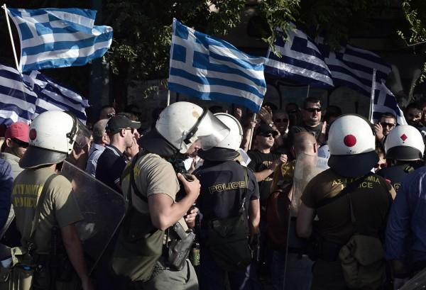 希臘警察學校要求所有申請人身高170公分以上,歐洲法院認為是性別歧視。希臘警察示意圖,圖中人物與新聞無關。(資料照,法新社)