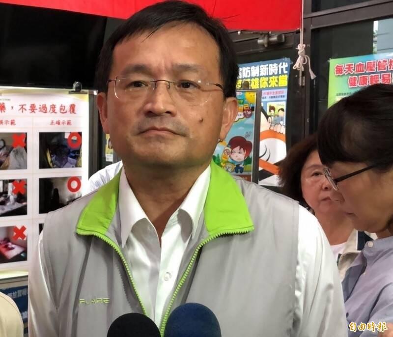 黃偉哲表示,陳怡局長已經遞辭呈,考量他健康狀況避免身心俱疲,因此准辭。(資料照)
