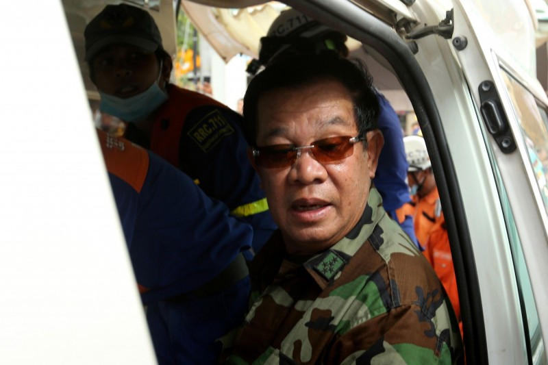 柬埔寨大樓倒塌致28死,總理洪森下令撤查所有中資在建工程。(法新社)