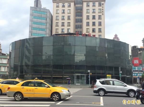 柯市府6月間拍板,拆除建成圓環建築體,並改造為綠地廣場。(資料照,記者郭逸攝)