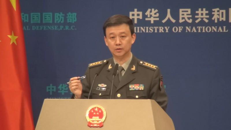 中國國防部發言人吳謙(見圖)今日表示,美國此軍售案「毒化中、美兩國兩軍的關係發展,更嚴重破壞了兩岸關係和台海和平穩定」。(中央社)