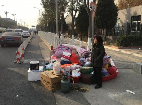 北京寒冬下,被限時撤出民眾不知何往?(法新社)