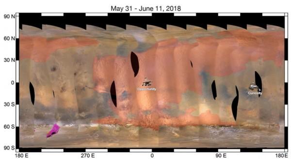 NASA公布上月31日至本月11日間,機會號所在位置與沙塵暴的變化。(擷取自NASA)