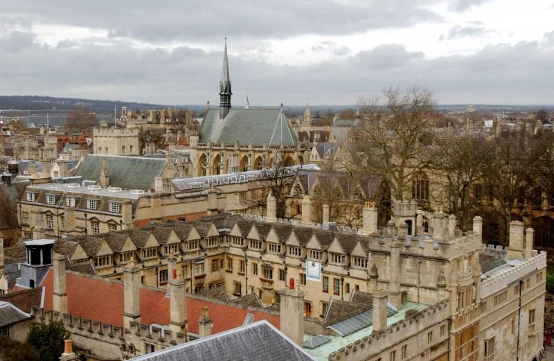牛津大學獲得1.5億英鎊的捐款,將用於與AI相關的倫理學研究。圖為牛津一景。(歐新社)