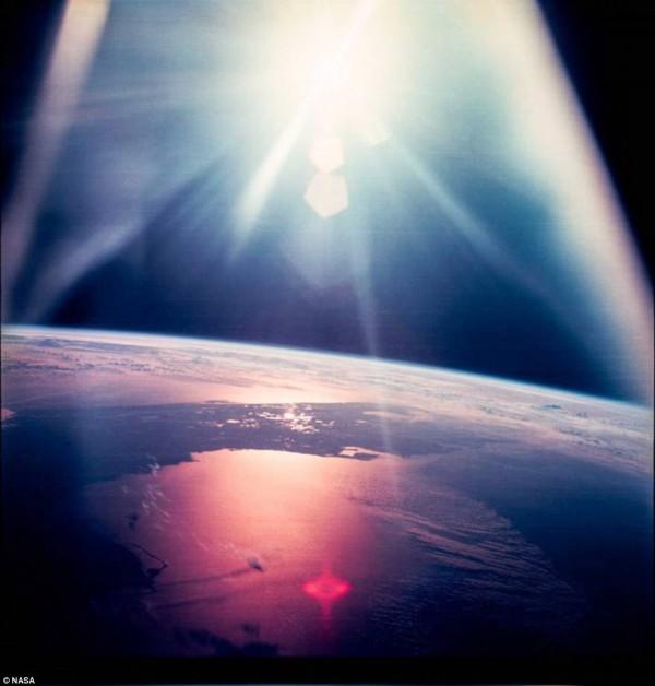 由阿波羅12號拍下的美國佛羅里達州。(圖擷自DailyMail)