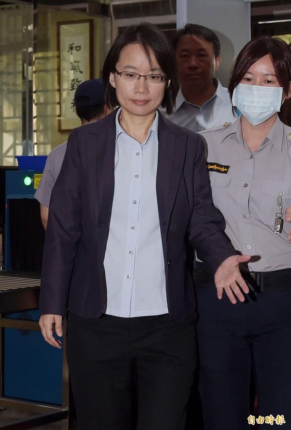 北農總經理吳音寧13日到北檢應訊。(記者黃耀徵攝)