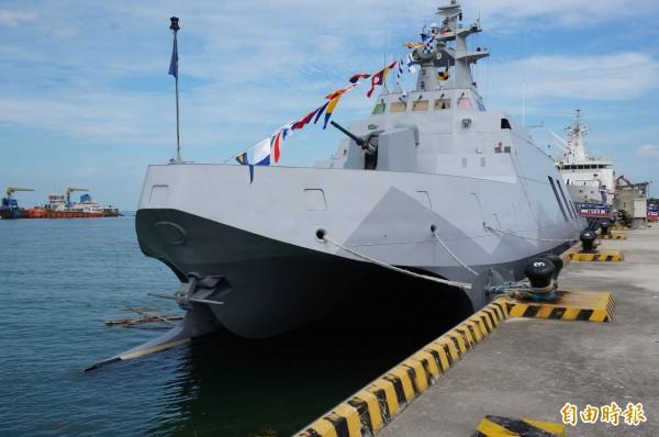 沱江艦為我國海軍研發、具雷達匿蹤功能的穿浪型雙船體型巡邏艦。(資料照,記者涂鉅旻攝)