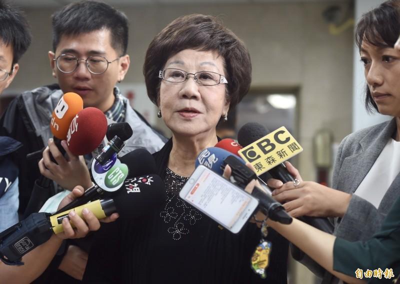 針對高雄市長韓國瑜質疑,蔡政府「踏實外交」變成「踏死外交」,前副總統呂秀蓮今日表示,用語不能越來越粗鄙,會用這種語詞就表示「完全外行」。(記者簡榮豐攝)
