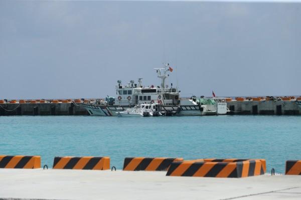 馬英九總統致函邀請仲裁員和菲律賓代表參訪太平島「眼見為憑」,但仲裁庭迄今未有回應,外交部今證實,菲方近日也回函拒絕。圖為太平島碼頭。(太平島採訪團提供)