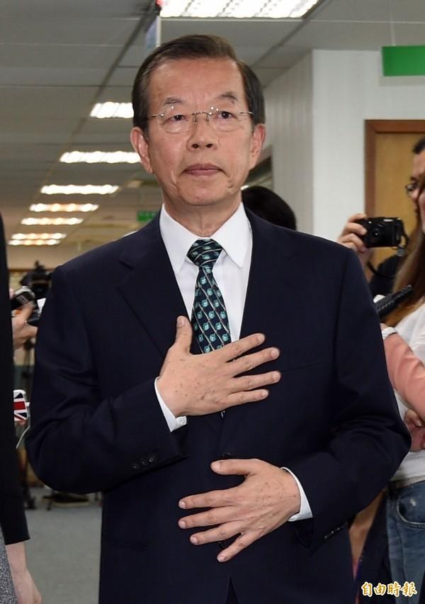 前行政院長謝長廷被網友戲稱像《哆啦A夢》裡的「小夫」。(資料照)