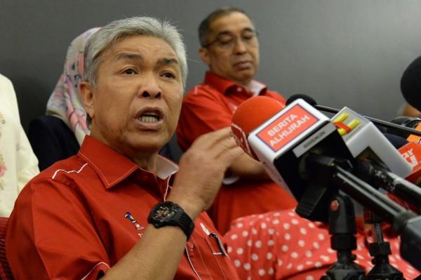 馬來西亞前副首相、反對黨領袖阿邁德扎希(Ahmad Zahid Hamidi)今(23)日在國會表示,印尼巴路地震和海嘯,就是因為LGBT活動而招致「天譴」。(法新社)