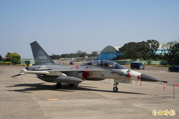 台灣國防自主,美國防資深官員表態,將續與台灣國防部密切合作。圖為漢翔成功研發IDF戰機。(資料照,記者歐素美攝)