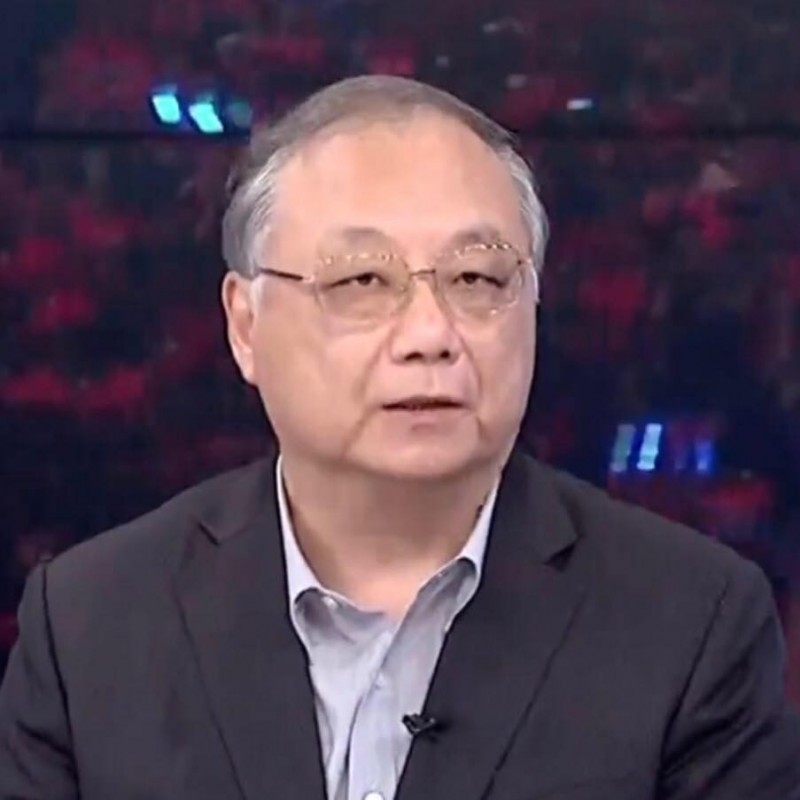 中華大學講座教授杜紫宸在臉書呼籲,吳敦義安排要角逐總統初選的朱、王等人去做健康檢查。(記者王榮祥翻攝臉書)