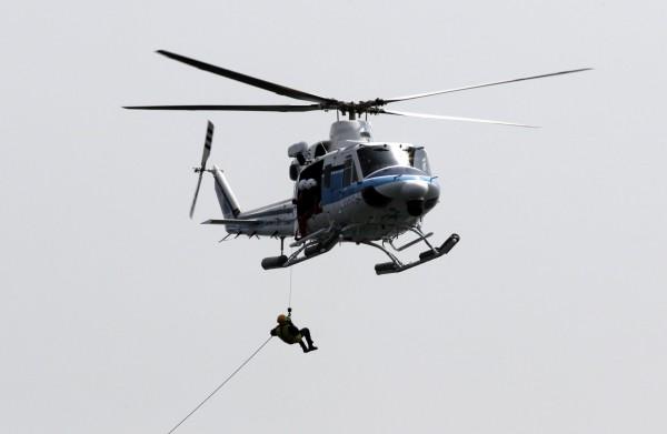 日本群馬縣一架救援直升機今午突然失聯,機上除了4名防災航空隊成員外,還載有5名消防員。同型機示意圖,非失聯機。(歐新社)