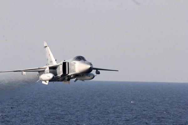 一位不具名的官員還透露,其中1架蘇愷24戰機曾一度飛近到波特號200碼的範圍內。(美聯社)