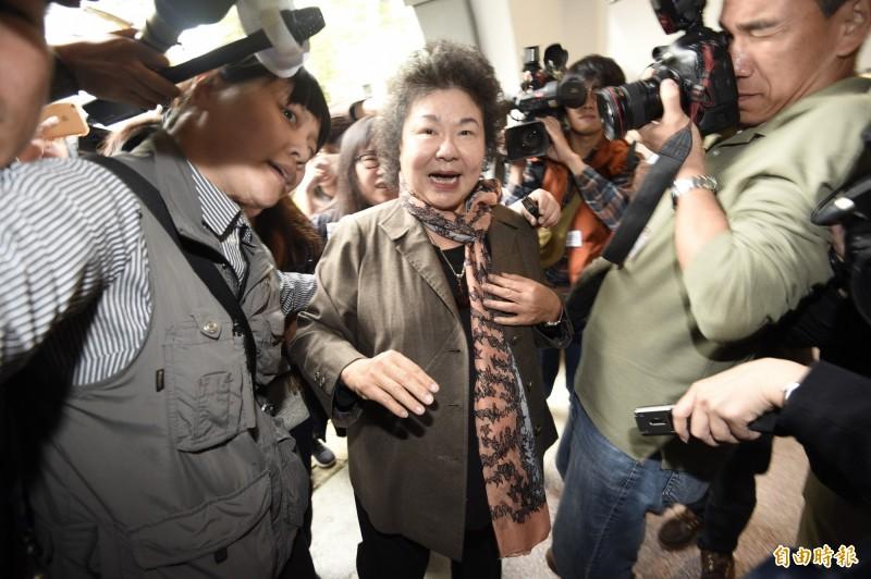 總統府秘書長陳菊今出席「總統府建築百年紀念郵票」發行典禮揭幕儀式。(記者叢昌瑾攝)