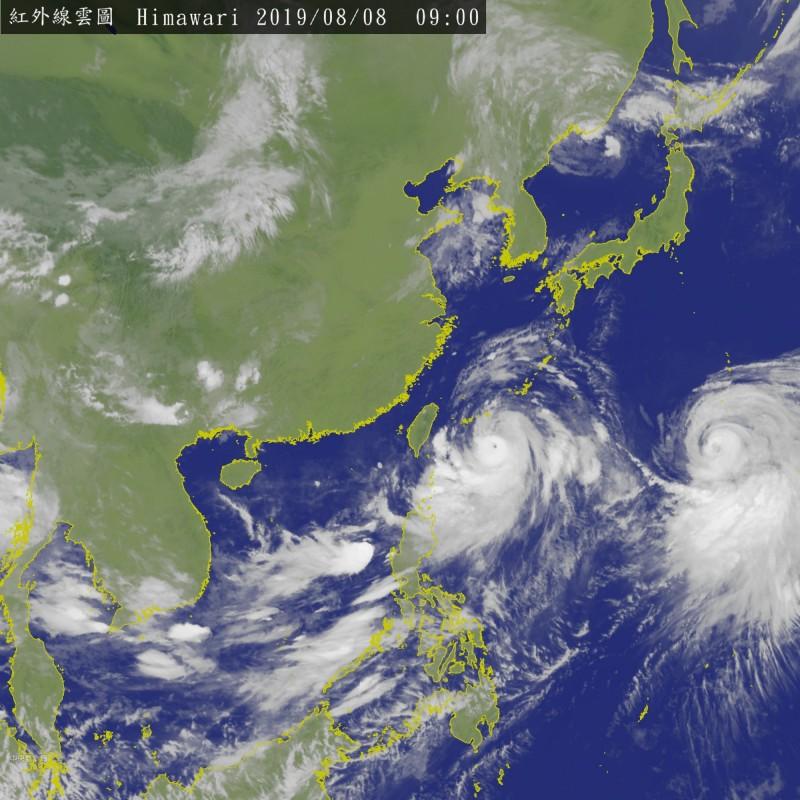 利奇馬已增強為強烈颱風,並於今日上午8時30分發布海上陸上颱風警報。(圖擷取自中央氣象局)