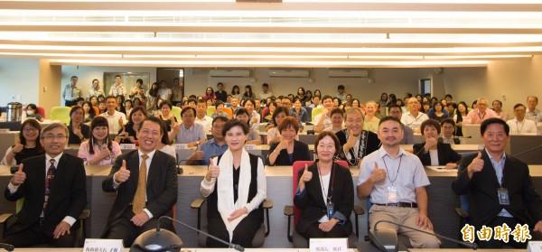 立法院今日正式通過廢除蒙藏委員會組織法,而文化部已於今年9月成立「蒙藏文化中心」承接部分業務。(資料照 文化部提供)