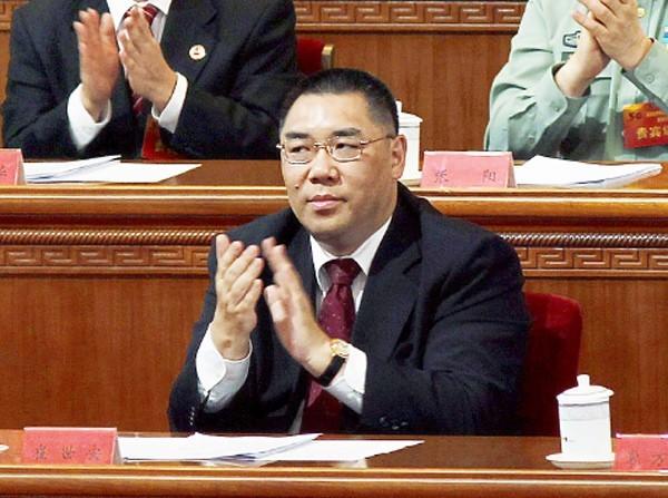 澳門特首選舉今天上午結果出爐,在北京強力護航下,由唯一候選人崔世安連任第4任澳門行政長官,得票率高達95.96%。(路透)