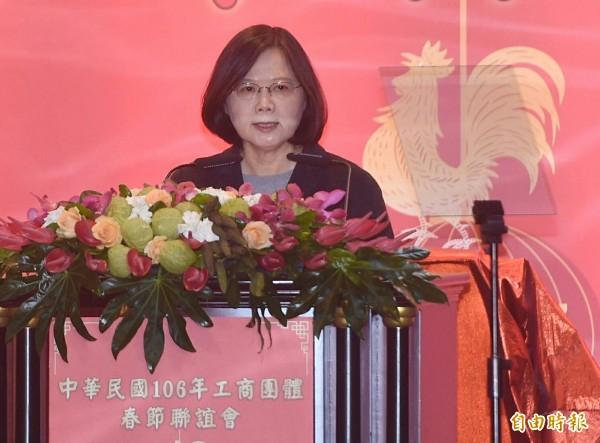 蔡英文總統今天出席「中華民國106年工商團體春節聯誼會」,對於工商界特別關心缺水和缺電的問題,對於電力的問題,保證今年不缺電。(記者廖振輝攝)