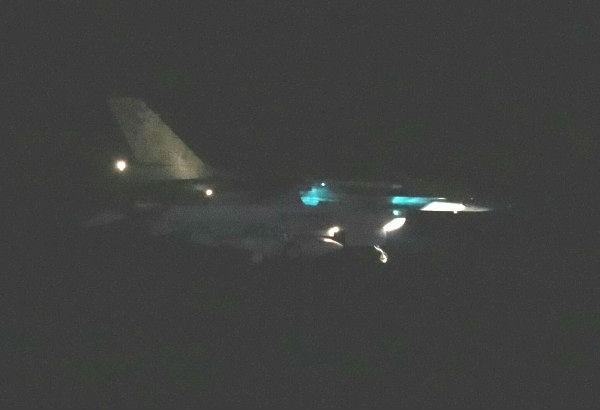 空軍花蓮基地二架F-16戰機緊急起飛,疑為監控中國航空母艦行蹤,二小時後平安返航。(讀者提供)