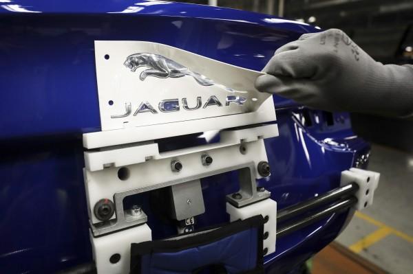 中、歐銷售下滑拖累 傳英國最大汽車商裁員5千人