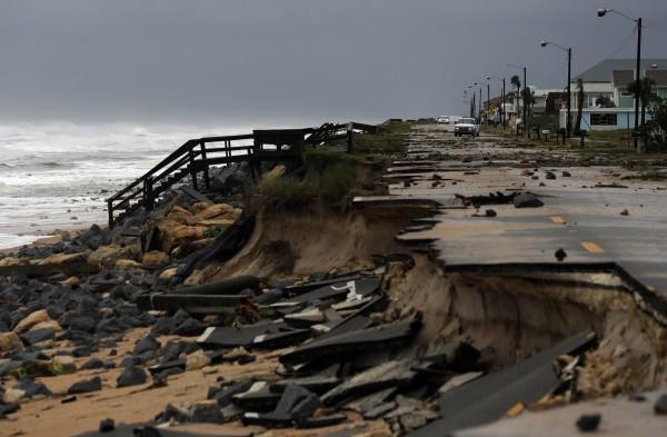 馬修重創美國東南沿岸,目前已傳出有4人死亡。(美聯社)