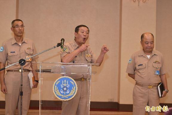 海軍艦隊長胡志政晚間表示,當時高姓中士進行雄三飛彈維修檢測時,沒有幹部在場督導。(記者張忠義攝)