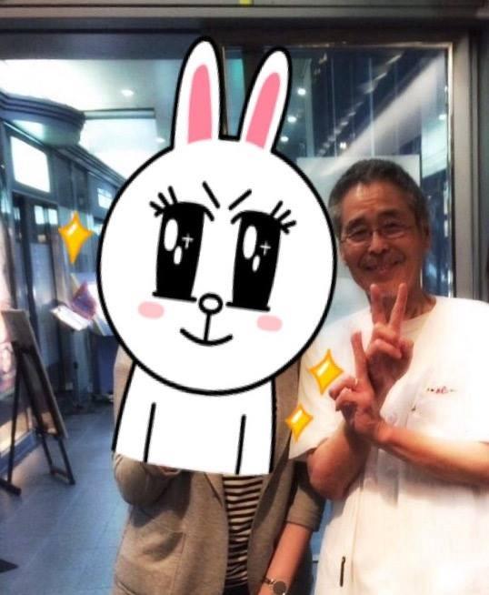 大阪燒爺爺(右) 的堅持和熱情讓台灣客很感動。(圖擷自《旅飯PanTravel》臉書專頁)