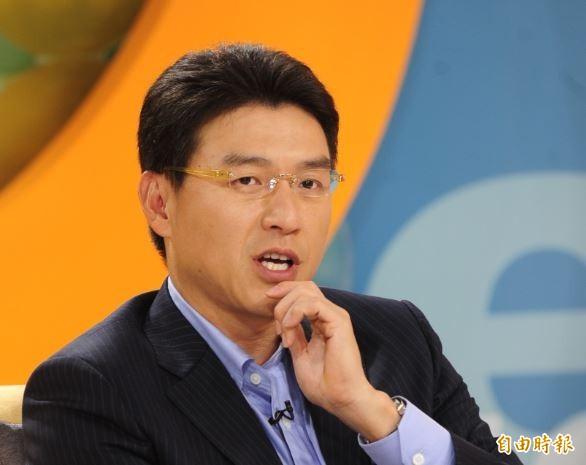 謝震武(見圖)11日在節目中當場質問韓國瑜競選總部副執行長孫大千:「你們有要杯葛我們嗎?」(資料照)