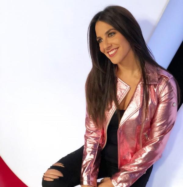 西班牙體育記者艾琳在IG上分享影片,沒想到「春光乍現」。(圖擷取自Irene Junquera IG)