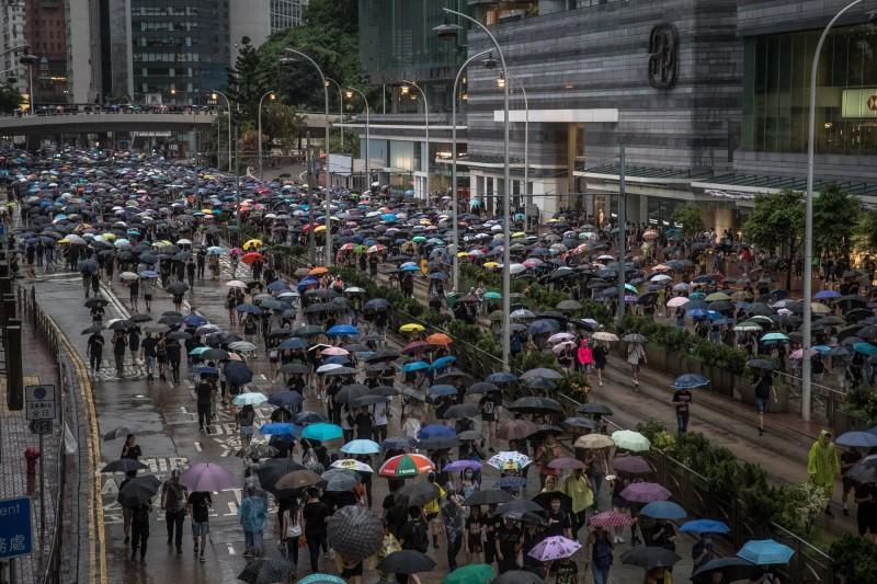 香港818創170萬人史上最大集會,民陣邀約831再聚。(歐新社)