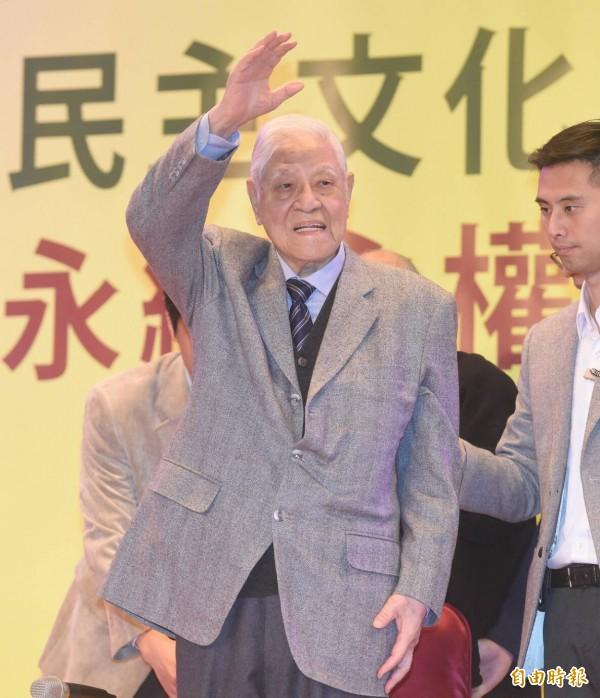前總統李登輝出席台灣教授協會募款餐會。(記者廖振揮攝)