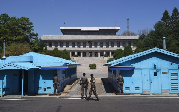 南韓媒體引用官員的話指出,南韓與北韓正在討論宣布兩國軍事衝突正式結束的計畫。(法新社)