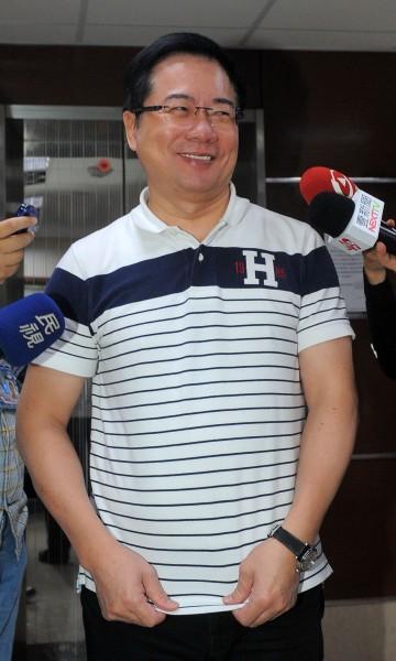 國民黨立委蔡正元表示,單純就柯願閱讀他文宣而稱讚他,但看文宣要有消化,他認為柯有看沒懂,「白看了」。(資料照,記者王敏為攝)